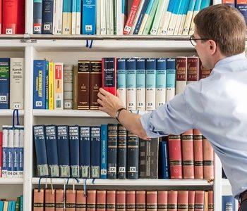 Lorenz Seidler Gossl Bibliothek Spezialkanzlei