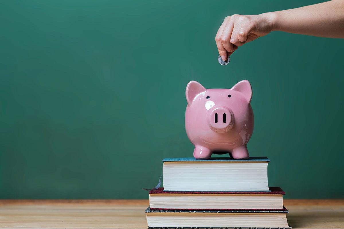 Als Jurastudent sparen - Bücher mieten statt kaufen - JurCase