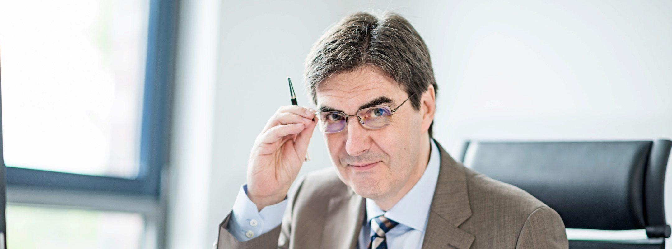 Prof. Dr. Thomas Mayen Mayen Dolde Partner KI Anwalt Stuttgart