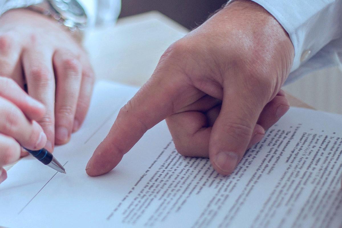 Der Gehalts-Check - Juristen in Unternehmen – Wer zahlt wieviel?