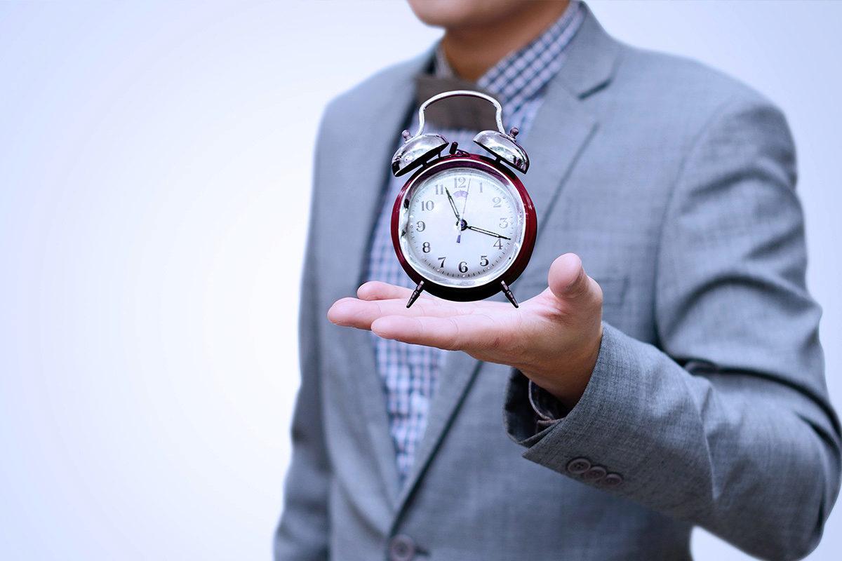 Als Jurist in eine Kanzlei oder zum Staat - angestellt oder verbeamtet? - Karrieremagazin TalentRocket Jura