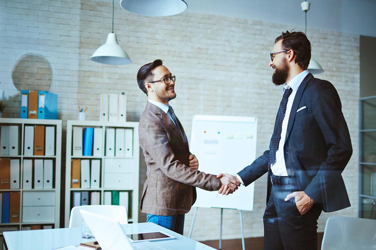 tipps für die Verhandlung von Gehalt plus alternative Möglichkeiten - Karriere-Magazin Jura