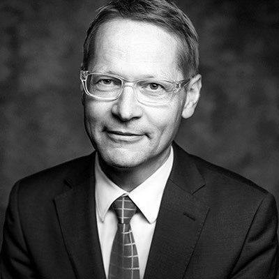 Dr. Justus Schmidt-Ott