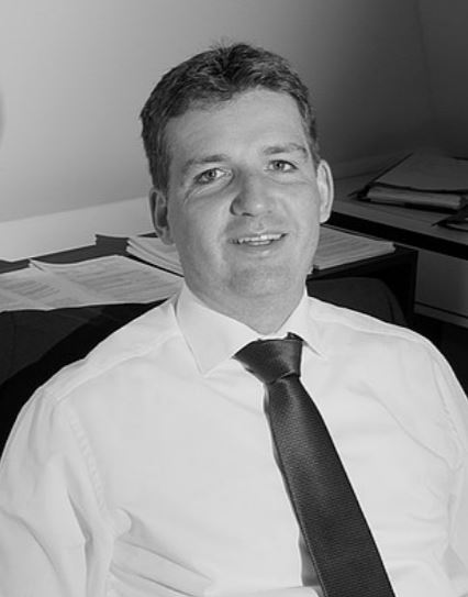 Dr. Jens Stenert